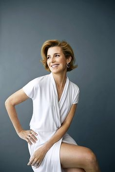 How 7 Female Leaders Spend Their First Hour at Work | Sallie Krawcheck, CEO of Ellevest and Chair of Ellevate Network
