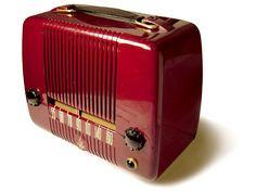 Emerson Radio Model 646 B series  1947  Case molded of Polystyrene plastic