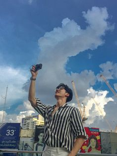 Bright Wallpaper, Boys Wallpaper, Park Jisung Nct, Boyfriend Photos, Male Models Poses, Dear Future Husband, Thai Drama, Boyfriend Material, Handsome Boys