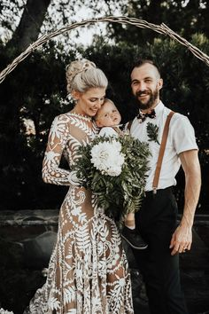 boho wedding dress The Homegrown Details in this Howell Family Farms Wedding will Give You Life Farm Wedding, Chic Wedding, Wedding Details, Wedding Styles, Dream Wedding, Wedding Day, Forest Wedding, Woodland Wedding, Wedding Designs