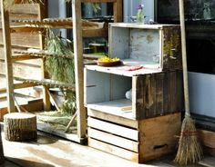 {Mud Pie Kitchen Inspiration}  This would be an awesome outdoor playspace.  Need to look for some crates.