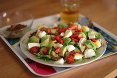 Favoritt Caprese Salad, Drink, Eat, Food, Meal, Eten, Meals, Beverage, Drinks