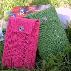 Free Knitting Pattern for Cozy Fire iPad and Kindle Covers - This seamless, protective cozy features a simple flame lace pattern and a one-button closure. It comes in variety of sizes for Kindle and iPad versions. Designed by Danna Rachel