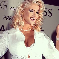 Anna Nicole Smith Guess Jeans promotion signing.