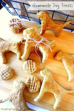 Homemade Dog Treats - Peanut Butter - EverythingEtsy.com