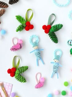 quick and easy Christmas crafts for kids. Simple Christmas arts and crafts ideas for kids of all ages. DIY Christmas decorations and handmade Christmas gifts ideas for kids. Pinecone Crafts Kids, Christmas Arts And Crafts, Pinecone Ornaments, Decoration Christmas, Homemade Ornaments, Pine Cone Crafts, Handmade Christmas Gifts, Diy Christmas Ornaments, Homemade Christmas