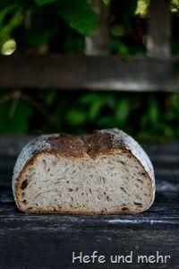 Hafergrütz-Brot mit geröstetem Buchweizen