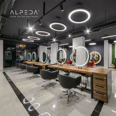 Hair Salon Interior, Spa Interior, Salon Interior Design, Beauty Salon Design, Beauty Bar, Interior And Exterior, Interior Decorating, Salon Mirrors, Barber Shop Decor