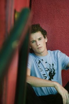 Afternoon eye candy: Anton Yelchin (35 photos)