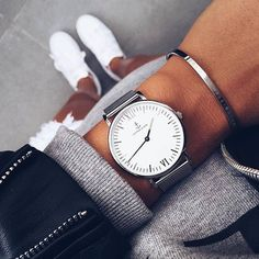Outfit inspiration on point - @joliejanine is wearing her silver mesh watch on casual sundays. | kapten-son.com
