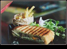 chicken carbonara sandwich