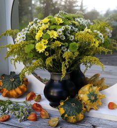 Jesienny bukiet. Moja praca. moje foto. Herbstblumenstrauß. Meine arbeit, meine bild. Аutumn bouquet. My work, my foto. Осенний букет. Моя работа, мое фото.