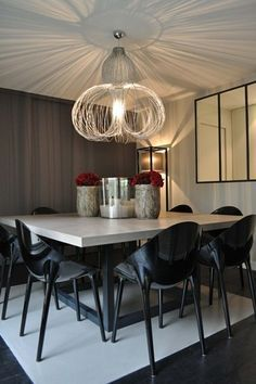 1000 id es sur le th me table carr e sur pinterest table for Salle a manger 8 places