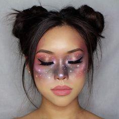 This galactic inspired look by Francesca Lynn (@lynnacsecnarf).❤️ ------ #muaculture makeupartist #glam #glow #anastasiaglowkit #moonchild #makeuplook #anastasiabrows #anastasiabeverlyhills #colourpop #mattelipstick #bareminerals #tonikcosmetics #tonikimagesquad #elixir #mua #space #spacebuns #galaxy #galactic #startrek #outofthisworld #makeuplover #makeup
