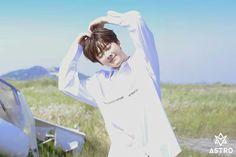 Park Jin Woo, Astro Fandom Name, Eunwoo Astro, Dance Legend, Park Chanyeol Exo, Cha Eun Woo, Blue Flames, Sanha, Shining Star