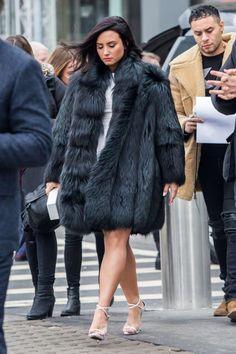 "dlovato-news: "" MARCH 18 - Demi Lovato out and about in New York. Demi Lovato 2017, Demi Lovato Style, Lady Gaga, Demi Love, Dresses For Apple Shape, Demi Lovato Pictures, Fur Fashion, Winter Fashion, Fashion Trends"