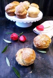Recetas caseras con un toque diferente. Homemade recipes with a different touch Healthy Foods To Eat, Healthy Eating, Healthy Recipes, Homemade Desserts, Homemade Cakes, Chocolate Brioche, The Help, Treats, Nice