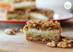 Pecan Cheesecake Squares Recipe at Positively Splendid - A layer of shortbread, a layer of cheesecake, and a layer of pecan pie in every bite. A perfect dessert recipe for fall! Looks yummy! Sub the corn syrup and flour of course Pecan Cheesecake Squares, Cheesecake Recipes, Cookie Recipes, Dessert Recipes, Cheesecake Bars, Cranberry Cheesecake, Food Cakes, Cupcake Cakes, Snacks
