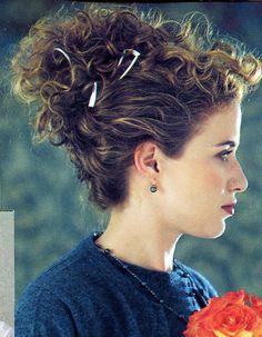 Uploaded by user - Cheveux frisés : nos plus jolies idées pour les coiffer - Elle