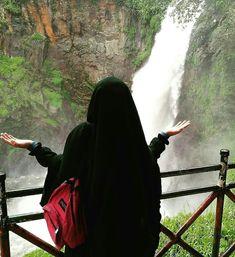 Hijab is my passion Hijab Niqab, Muslim Hijab, Hijab Chic, Mode Hijab, Hijab Outfit, Arab Girls Hijab, Muslim Girls, Muslim Couples, Hijabi Girl