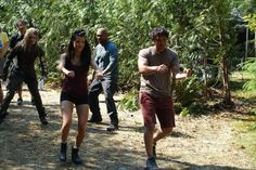 Marie Avgeropoulos and Bob Morley || The 100 cast behind the scenes || Blake siblings || Octavia Blake and Bellamy Blake