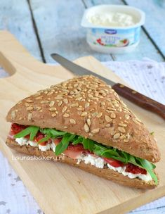cottage cheese sandwich - Meergranen sandwich met Hüttenkäse - Laura's Bakery