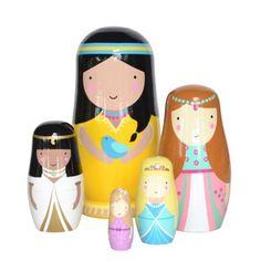 Matrioskas Princesas Conjunto de 5 bonecas em madeira pintadas à mão.