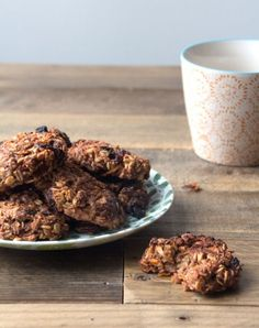 Carrot Cake Cookies   Deliciously Ella  Tested 5/16. Needs the whole 30mins- sultanas do tend to burn easily but they still taste gorgeous. Very easy to make!