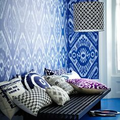 Blue graphic print living room