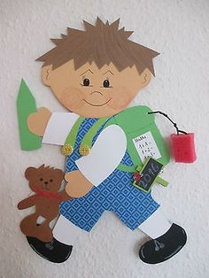 Fensterbild Tonkarton Schulkind Oscar L,Frühling,Sommer, Einschulung Geschenk Class Decoration, School Decorations, School Themes, Diy And Crafts, Arts And Crafts, Paper Crafts, Autumn Activities, Activities For Kids, School Projects