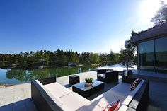 Contemporary Scandinavian Villa (16 Pictures)