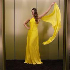 Work. That. Dress. @DeepikaPadukone ✨: @marklphoto #InStyleGlobes #InStyleOffCamera #GoldenGlobes