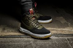 The Nike Lunar Force 1 Duckboot is available at our shop now! EU 42 - 46   180,-€