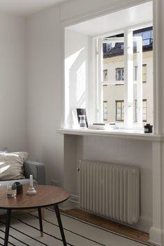 Window light. Livingroom in Stockholm. Scandinavian interior. Närkesgatan 4   Fantastic Frank