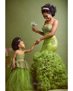 Temmie House Of Fashion: Glamorous Bride Traditional Dress African Fashion Ankara, Latest African Fashion Dresses, African Print Fashion, Africa Fashion, Mother Daughter Matching Outfits, Mother Daughter Fashion, African Dresses For Kids, African Print Dresses, African Wedding Dress