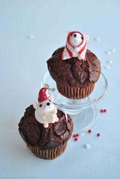 New ideas for cupcakes fondant birthday mice Kid Cupcakes, Sweet Cupcakes, Wedding Cakes With Cupcakes, Easter Cupcakes, Fondant Cupcakes, Cupcake Cakes, Decorated Cupcakes, Cup Cakes, Holiday Baking