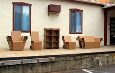 Chairigami: kartonnen meubels die je in elkaar vouwt
