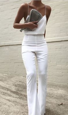 all white outfit inspiration white silk camisole with high waisted white pants minimal formal outfits Fashion Mode, Look Fashion, Womens Fashion, White Fashion, Cheap Fashion, Fashion 2018, Street Fashion, Fashion Blogger Style, Classy Fashion