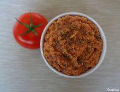 Pomidorowa pasta z soczewicy z bazylią