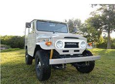 toyota-land-cruiser-1971-4x4-frame-off-restoration-tan-clean-mint-classic-car-a