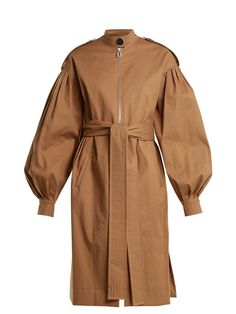 A Complete Guide to Choosing The Perfect Coat That Complements Your Taste This Season - Best Fashion Tips Long Brown Coat, Mode Mantel, Mode Abaya, Iranian Women Fashion, Long Trench Coat, Camel Coat, Fur Coat, Coat Dress, Coats For Women