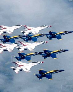 Thunderbirds and Blue Angels Us Military Aircraft, Military Weapons, Airplane Fighter, Fighter Aircraft, Jet Fighter Pilot, Fighter Jets, Angel Pictures, Cool Pictures, Auto Union 1000