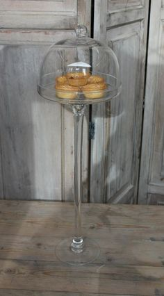 tall cake stand with