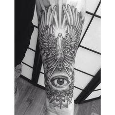 illuminati eye tattoo - Recherche Google