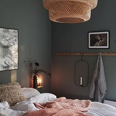 Dunkle Wand Schlafzimmer chic decor diy hippie How To Decorate Your Room According To Your Neo-Bohemian Personality Retro Home Decor, Cheap Home Decor, Home Decor Bedroom, Interior Design Living Room, Dream Bedroom, Design Bedroom, Modern Interior, Bedroom Inspo, Boho Chic Interior