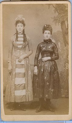 A cdv of a pair of girls dressed in stars and stripes
