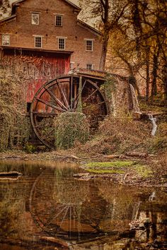 In Belvidere Tennessee nestled in a lush green cove along the banks of beautiful Factory Creek s. Here you relax with these backyard landscaping ideas and landscape design. Old Grist Mill, Water Powers, Water Mill, Country Scenes, Old Barns, Le Moulin, Covered Bridges, Architecture, Old Houses