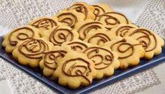 Biscoitos Simples de Natal - Deliciosos!   Saúde Vida Total Cooking Joy, Chocolate, Biscuits, Pie, Menu, Cookies, Desserts, Kitchen, Cupcake