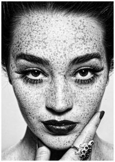 (photo by Irving Penn) Freckles are so beautiful. It's like God's creation of adding sprinkles to the human face.