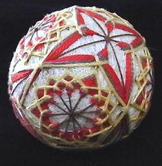 temari balls | Temari balls – combining colour | Japanese Textiles